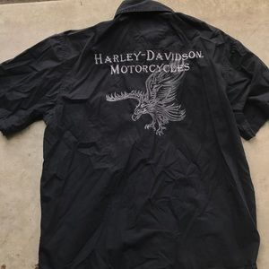 Harley Davidson short sleeve embroidered shirt